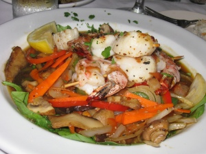 scallops and prawns vinnys restaurant friday harbor